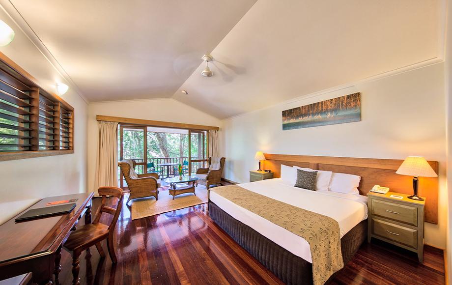Thala Beach Jungle Walk Room